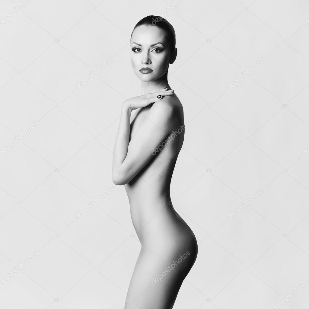 Элегантная голая фото 5 фотография