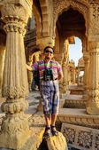 Boy tourist in front of Cenotaphs of Bada Bagh, King's memorials — Stock Photo