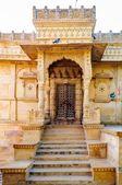 Ancient Shiva temple besaide gadisar lake — Stock Photo