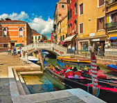 Narrow canal with boat — Stock fotografie