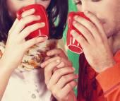 Paar drinken koffie — Stockfoto