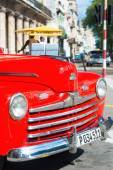 Well restored red vintage Ford in Havana — Stock Photo