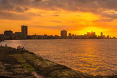 Romantic sunset in Havana — Stockfoto