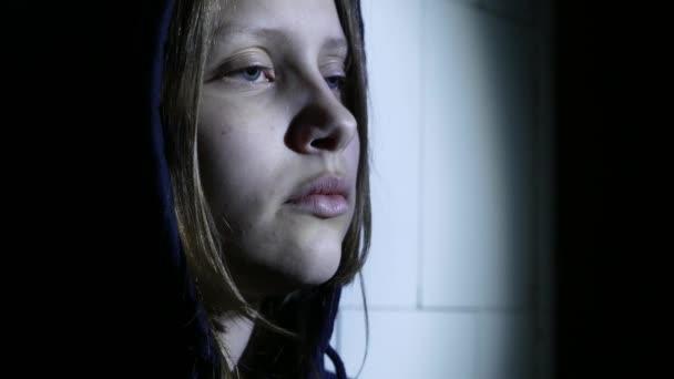 Молодая девушка наркомана видео фото 525-370