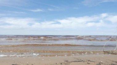Deniz manzarası, Baltık Denizi, Bahar — Stok video