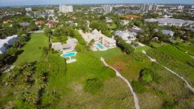 Aerial shot Palm Beach estates — Stock Video