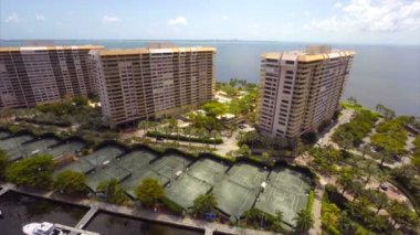 Grove Isle Hotel aerial video footage — Stock Video