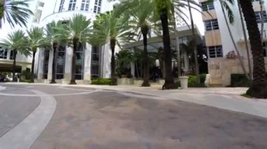 Loews Hotel Miami valet ramp — Vídeo de Stock