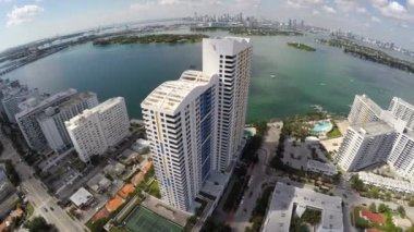 Miami Beach condos aerial video — Stock Video