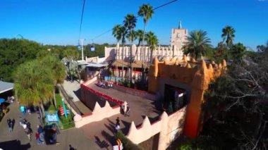 Busch Gardens skyride — Stock Video