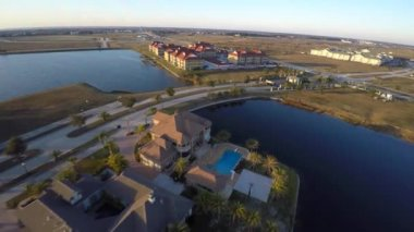 Homes on the water in Slidell Louisiana — Wideo stockowe