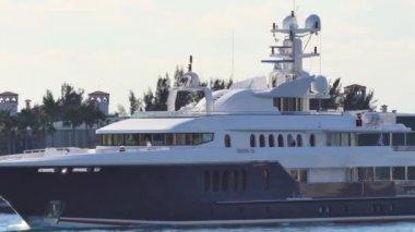 Motor Yacht Sirona III — ストックビデオ
