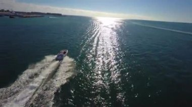 Chasing boats in the Florida Keys — Video Stock