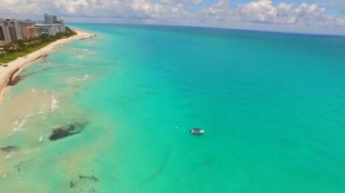 Aerial video Miami Beach summer vacation — Stock Video