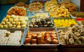 Traditional pastry stall — Stock Photo