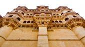 Under Mehrangarh Fort balconies — Photo