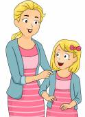 Mom and Daughter in Matching Clothes — Stock Photo