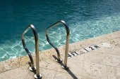 Entrance to Swimming Pool — Stock Photo