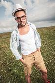 Young fashion man posing outdoor — Foto Stock
