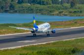 Thomas Cook Boeing 767 on approach — Stockfoto
