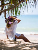Woman on the beach in Thailand — Stock Photo