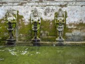 Goa Gajah temple in Bali — Stock Photo