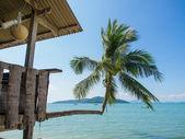 Fisherman cabin on the beach  — Stock Photo