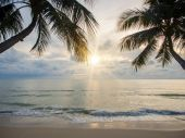 Sea sunrise in Koh Samui island — Stockfoto