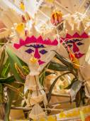 Balinese offerings to gods in Bali with flowers and aromatic sti — Stock Photo