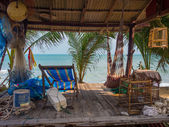 Fisherman cabin on the beach — Stockfoto