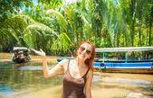Tourist at Mekong delta cruise — Stock Photo