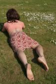 Woman  enjoying a sunny day outdoors — Stock Photo