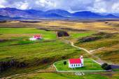 Icelandic church and farm — ストック写真