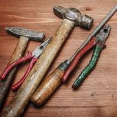 Schmutzige satz von handwerkzeugen — Stockfoto