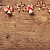 Christmas decor on wooden background — ストック写真