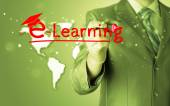 Uomo d'affari scrivendo il concetto di e-learning — Foto Stock