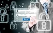 Affärsman att skriva login och lösenord — Stockfoto