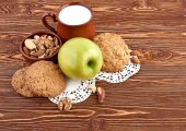 Healthy breakfast with apple — Stock Photo