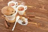 Tea with sugar cubes — Stock Photo