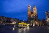 Church of St. Mary in Krakow Main Market Square  — Stock Photo