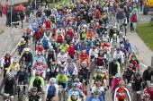 Массовые sart Рижский марафон Велоспорт фолк расстояния — Стоковое фото