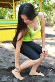 I hurt my foot — Stockfoto