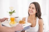 Frühstück im zimmer — Stockfoto