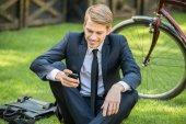 Biznesmen z rowerów — Zdjęcie stockowe