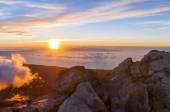 Sunrise at the peak of volcano Teide. Tenerife — Stock Photo