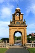 South Cliff Clock tower — Stock Photo
