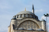 Mosque of the Istanbul. The style of the mosque is Baroque. It is made of stone and marble. — Stock Photo