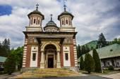 Romanian Sinaia monastery, Sinaia - Romania — Stock Photo