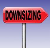 Downsizing road sign — Stock Photo