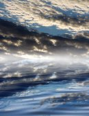 Clouds with reflection on water — Foto Stock